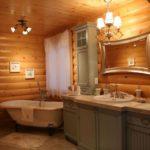 Люстры в интерьере ванной комнаты