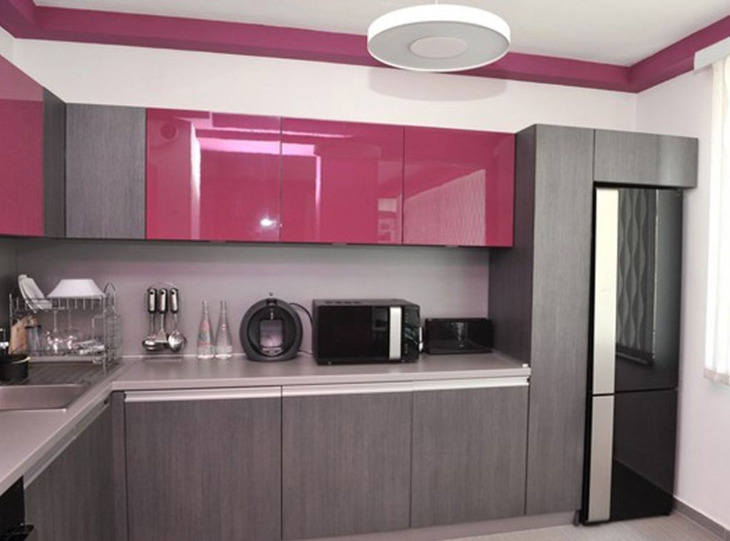 Дизайн небольшой кухни в стиле модерн
