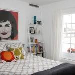 Интерьер детской спальни с балконом
