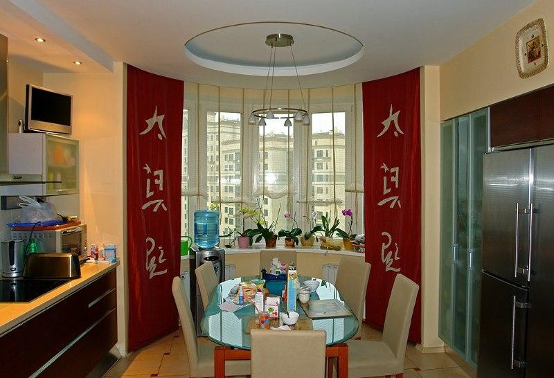 Красные шторы в китайском стиле