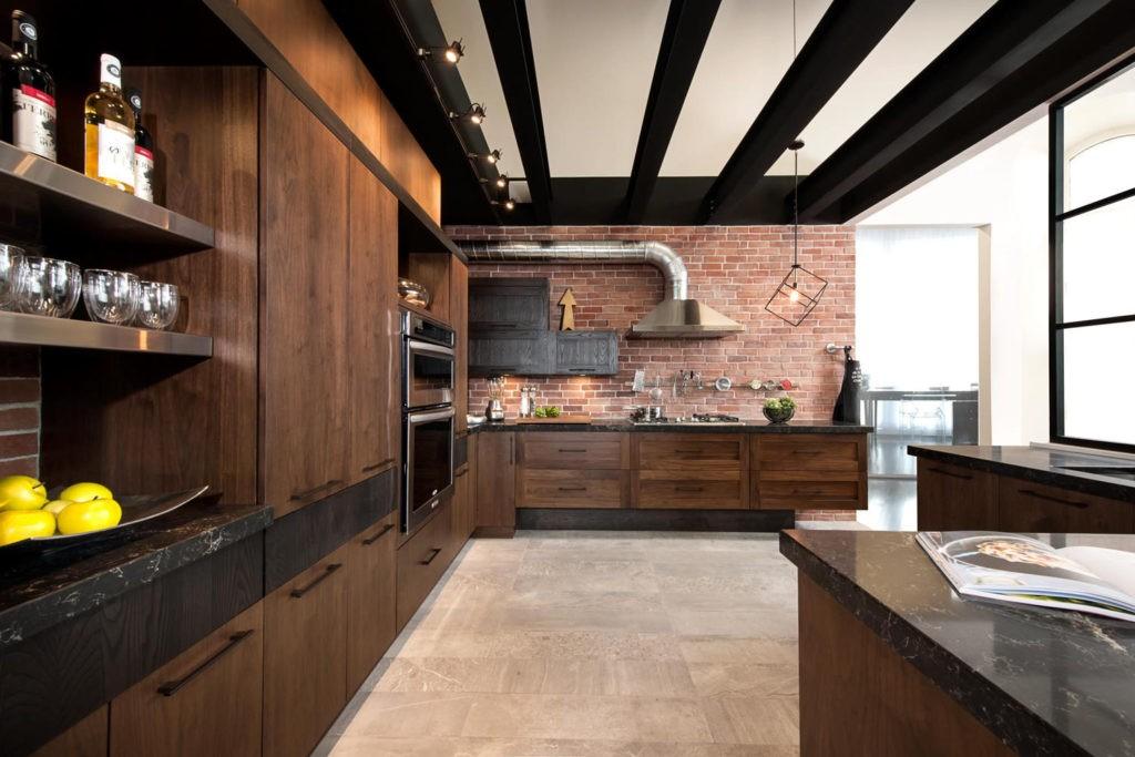 Большая кухня в стиле лофта