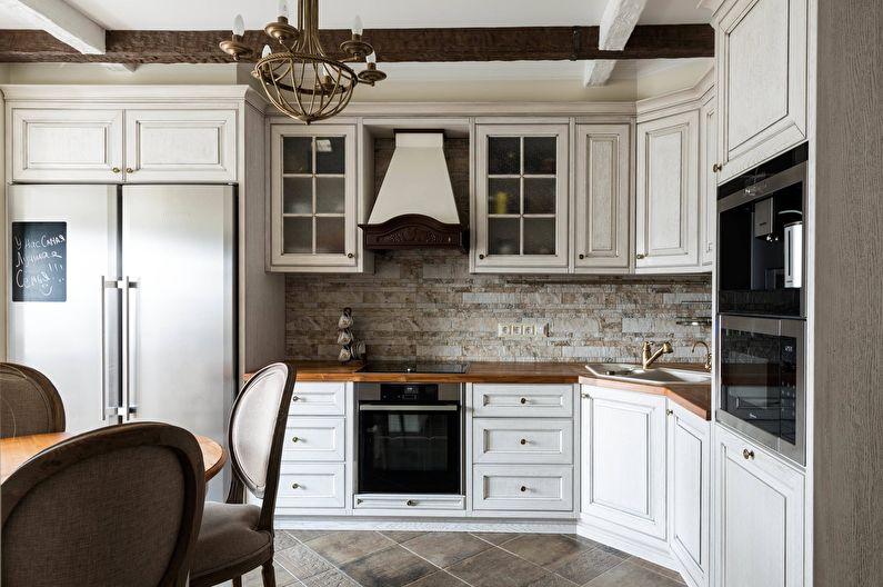 Угловая кухня классического стиля