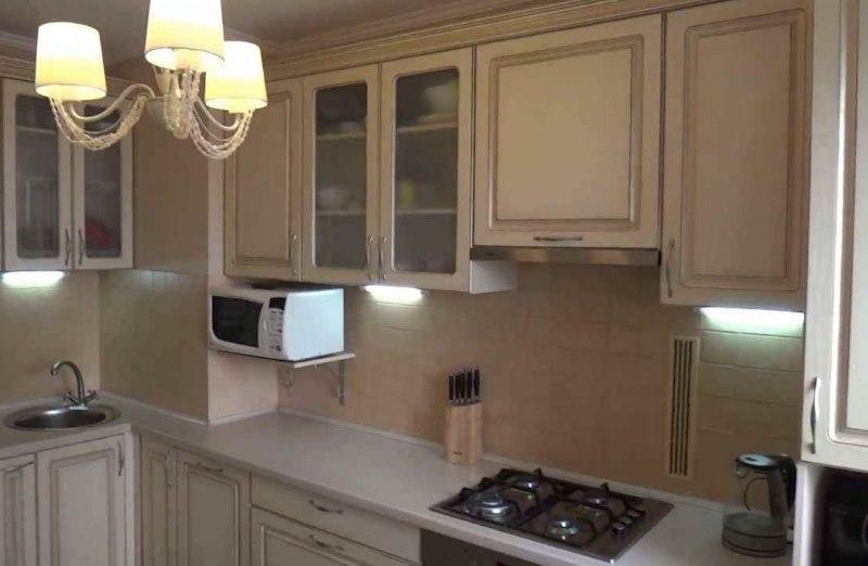 Подсветка кухонной столешницы классического гарнитура