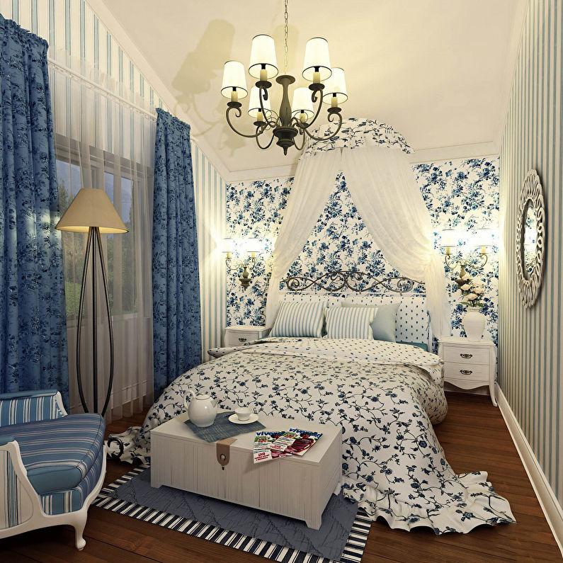 Люстра на потолке спальни в стиле прованс