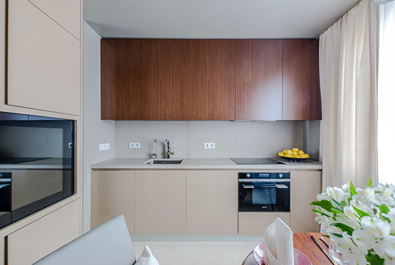 Прямая штора на кухне в стиле модерн