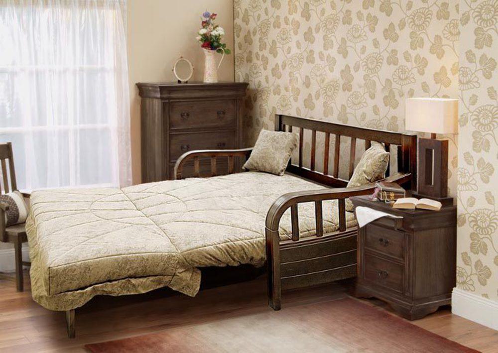 Раскладной диван для классического интерьера