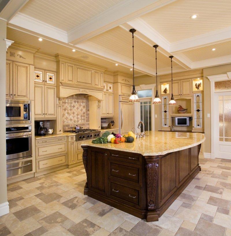 Фото кухонь в реальных коттеджах