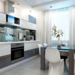 Светлые занавески на кухонном окне