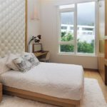 Каркасная мебель в спальной комнате
