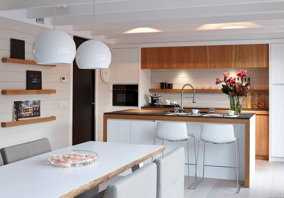Просторная кухня столовая с островом