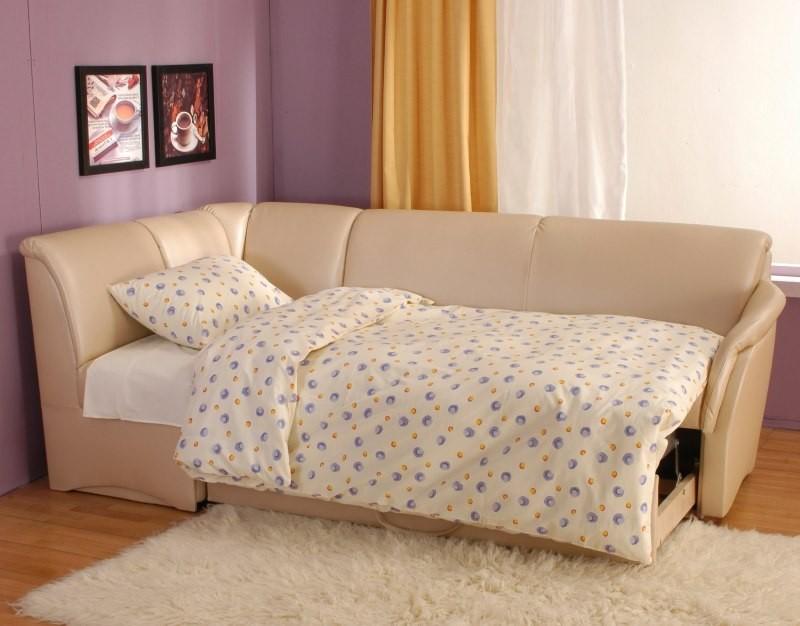 Угловой диван с выдвижным спальным местом