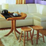 Деревянная мебель в современной кухне