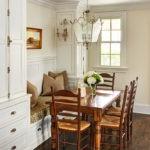деревянная мебель с элементами резьбы