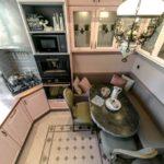 Кафельная мозаика напольного покрытия кухни