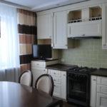 Черные поверхности кухонных столешниц