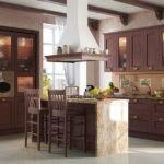 Кухонная мебель с подсветкой в шкафах