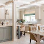Модная кухня гостиная в частном доме