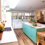 Комнатные цветы в интерьере кухни