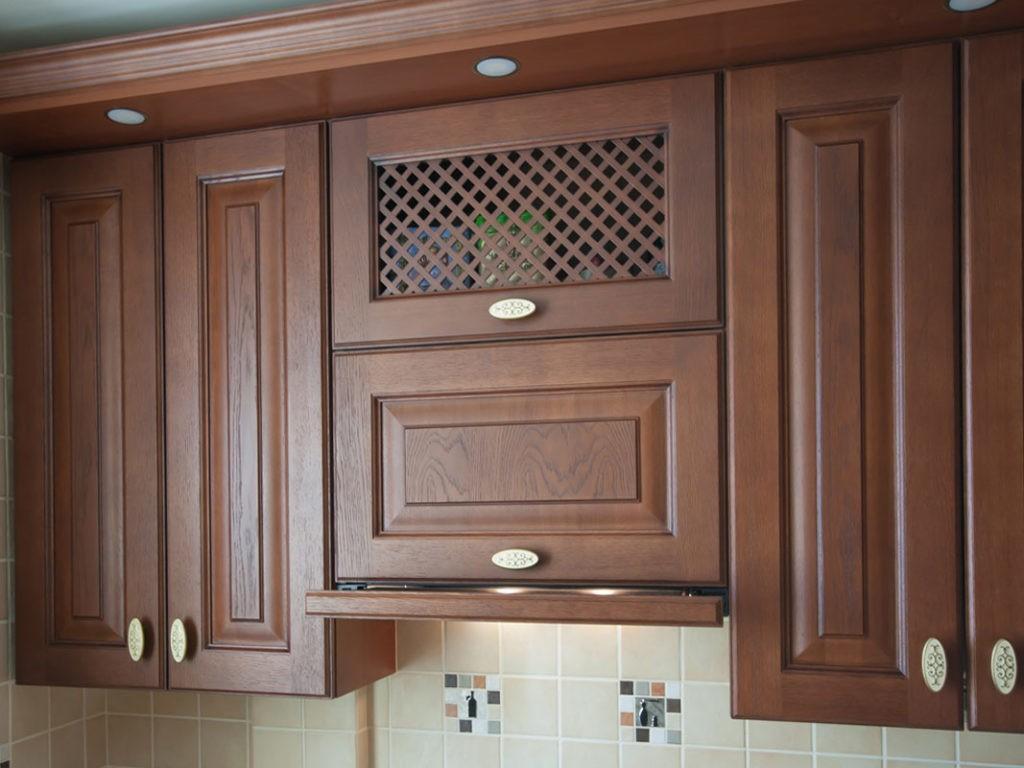 Кухонный шкаф со встроенной вытяжкой