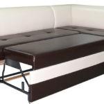 Кожаный кухонный угловой диван со спальным местом