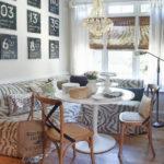 Мягкий угловой диван с рисунком зебра для кухни