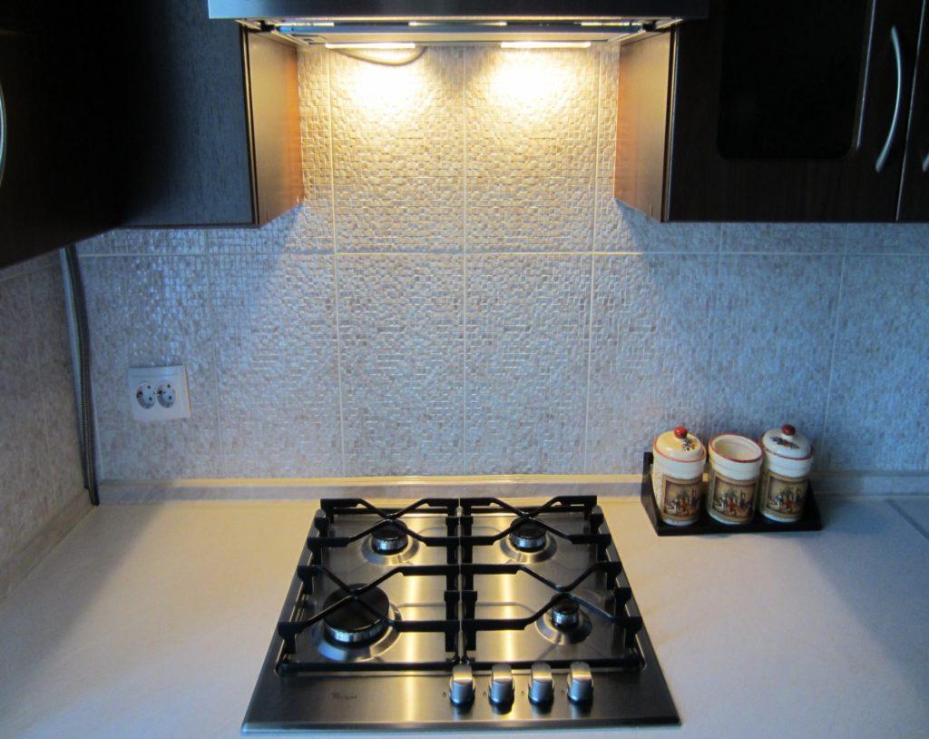 Кухонная вытяжка без отвода воздуха с подсветкой
