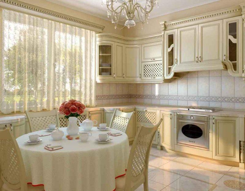 Классическая кухня с обеденным столом и керамическим полом