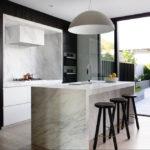 Кухонный остров из искусственного мрамора