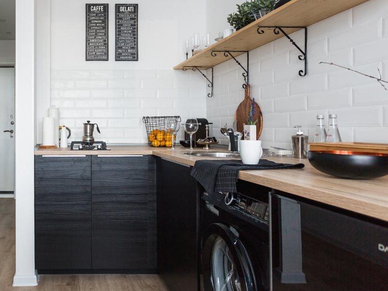 Деревянная столешница кухонного гарнитура в скандинавском стиле