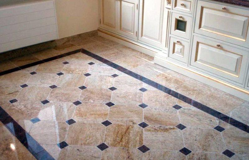 Кухонный пол с укладкой керамической плитки по диагонали
