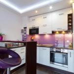 Кухонный фартук с глянцевой поверхностью