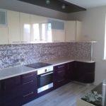 Мелкая мозаика на кухонном фартуке