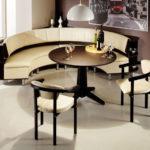 Мягкая мебель для круглого эркера
