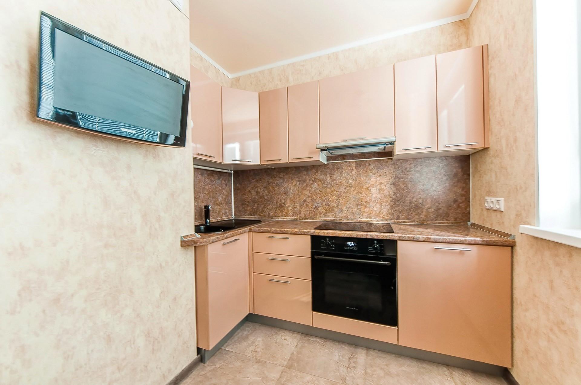 кухни бежевый верх персиковый низ фото лице