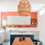 Плетенный абажур потолочного светильника