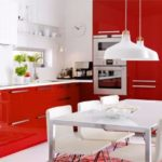 Интерьере красной кухни