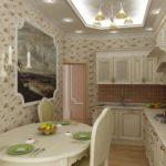 Компактная кухня в пастельных тонах