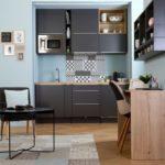 Организовать полноценную кухню можно даже в очень маленьком пространстве