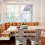 Раскладной угловой диван на кухню