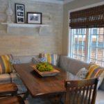Раскладной угловой диван на кухню в полоску