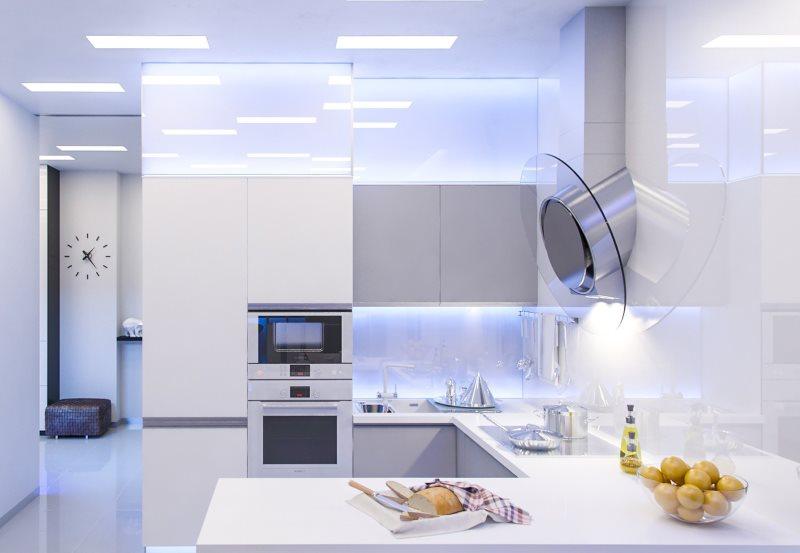 Дизайн светлой кухни в стиле хай-тек