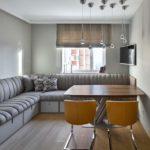 Угловой спальный диван на кухне
