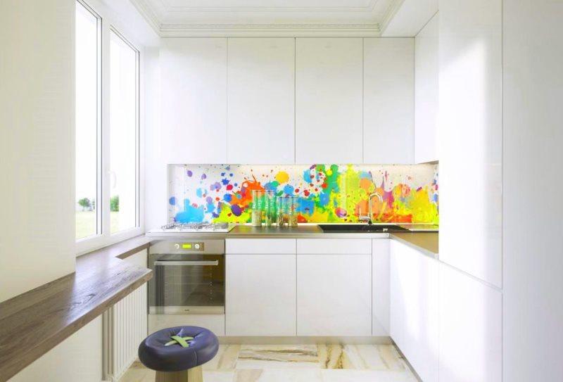Красочная фотопечать на кухонном фартуке