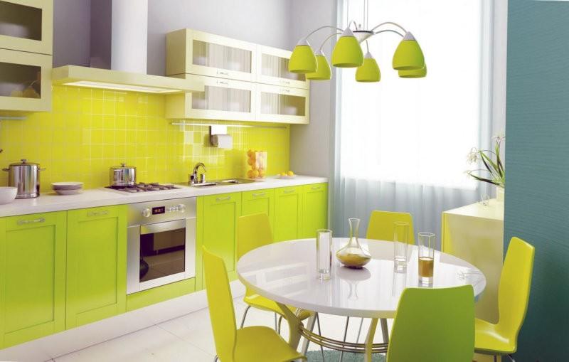 Линейная кухня в желто-салатовом цвете