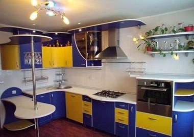 Желтый с синим на кухне