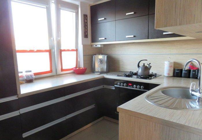 Функциональная маленькая кухня.