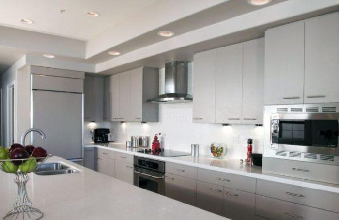 Модерн кухня.
