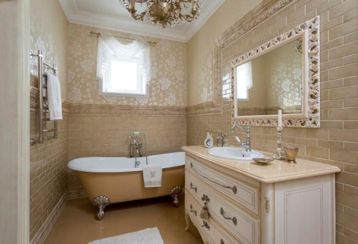 Бежевая ванная комната.