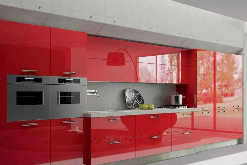 Красный гарнитур с акриловыми фасадами