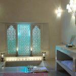Настенные светильники в ванной восточного стиля